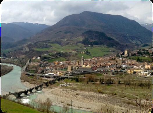 Bobbio_-_Piacenza_-_Val_Trebbia.jpg